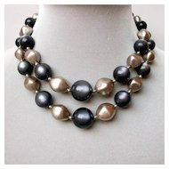 Vintage gray and silvery glow beads flea market necklace