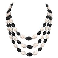 Vintage black  white olive beads three strand necklace vintage costume jewelry
