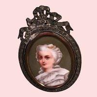 French Fashion Enameled Frame Accessory
