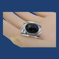 Vintage Sterling Silver Ring  With Cabochon Oval Black Onyx