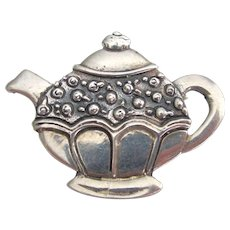 Totally Adorable Sterling Silver Tea Pot Brooch