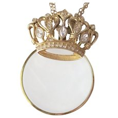 Splendid Rhinestone Crown Magnifier Necklace With Extra Long Chain