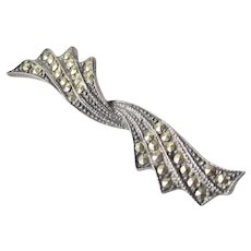Art Deco Sterling Silver Twisted Bow Brooch With Marcasites