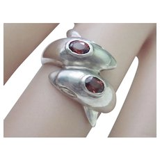 Vintage Sterling Silver 70's double Dolphin Ring With Garnets