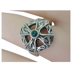 Vintage Sterling Silver Celtic Cross Ring With Green Onyx Cabochon Early 70's