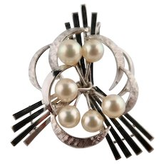 Art Deco Stunning Sterling Silver Cultured Pearl Brooch
