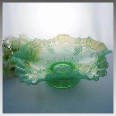 "Jefferson VINTAGE Ruffled Green Opalescent 8 1/4"" Bowl, ca 1905"