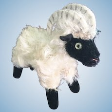 Steiff Mountain Sheep Snucki Stuffed Toy