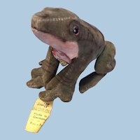 Steiff Froggy Frog with Original Button and Tags!