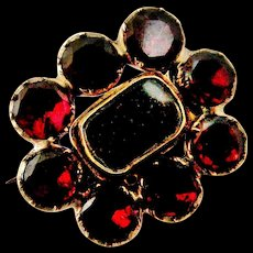 Tiny antique Georgian garnet mourning brooch lace pin