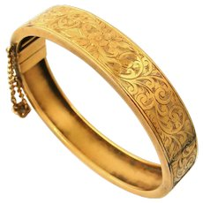 English Victorian 18k gold filled etched hinged bangle