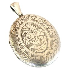 Fabulous French 900 silver engraved locket large size