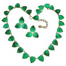 Art deco emerald green Vauxhall or Czech glass leaf necklace and earrings