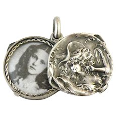 French art nouveau 800-900 silver slide locket girl with a hat