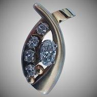 1.43ctw  (.95ct VVs1 F Excellent Cut Oval) Diamond Pendant