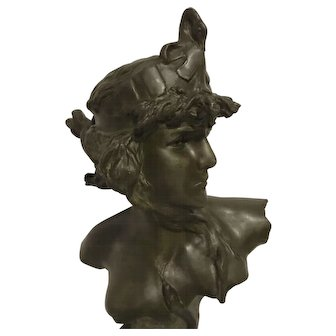 Exquisite Large French Art Nouveau Bust of Cleopatre by Pedro Ramon Jose Rigual - Signed C. 1900
