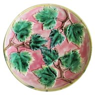 Lovely Marked 1880 American Etruscan Maple Leaf Plate In Pink
