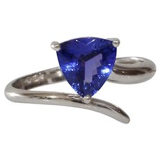 Tanzanite Engagement Ring | 14K White Gold | Vintage Trilliant Cut