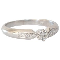 Vintage Diamond Engagement Ring | 18K White Gold | Round Brilliant Cut