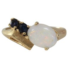 Retro Opal Sapphire Ring | 14K Yellow Gold | Vintage Cocktail Israel