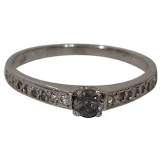 Gray Diamond Engagement Ring | 18K White Gold | Round Brilliant Vintage