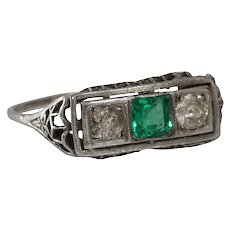 Art Deco Emerald Diamond Ring | Platinum Three Stone | Vintage Filigree