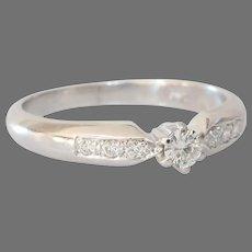 Vintage Diamond Engagement Ring | 18K White Gold | Round Brilliant Cut