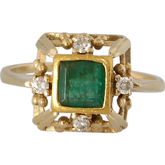 Retro Emerald Cocktail Ring | 18K Yellow Gold | Diamond Step Cut Vintage