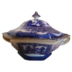 "Flow Blue ""Kyber"" Tureen"