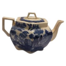 Teapot, Blue Willow