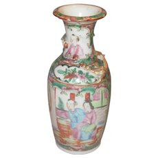 Rose Medallion Vases, Chinese Export, Qing Dynasty