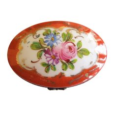 Signed Oval Limoge Porcelain Jewelry Box