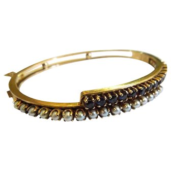 Vintage 14Kt yellow gold bracelet with pearls and synthetic sapphires