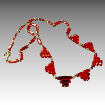 Red Art Deco Stepped Vauxhall Glass Necklace from Czechoslovakia