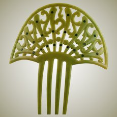Grand Celery Green Celluloid Spanish Comb