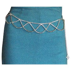 Outstanding Vintage Rhinestone Chain Belt