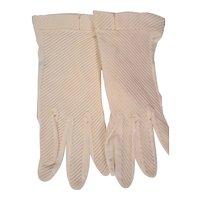 White Pleated Nylon Wrist Gloves