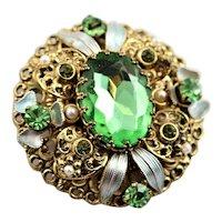 Pretty Three Dimensional Green Stone Brooch
