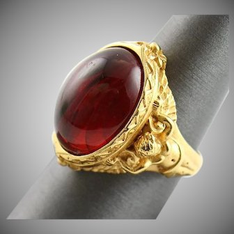 Beautiful Elizabeth Taylor Gilded Age Cherub Ring