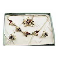 Fancy Red Rhinestone & White Synthetic Pearl Jewelry In Box