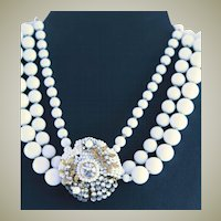 Amazing Vintage White Glass Beaded Necklace Resembling Haskell Style
