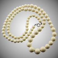 Vintage  Graduated Celluloid Ivory Look Necklace