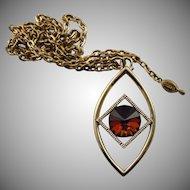 Vintage Sarah Coventry Gold Colored Pendent & Chain Necklace