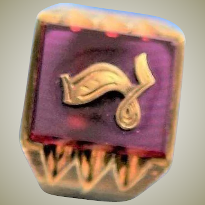 Handsome Vintage Man's Synthetic Ruby & 10K Gold Masonic Ring
