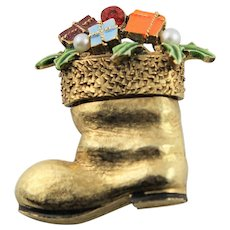 Popular Art Christmas Boot With Packages Brooch
