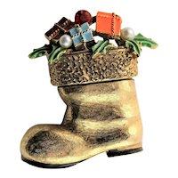 Art Christmas Boot Brooch