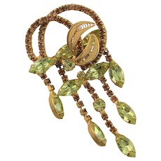 Lovely Vintage Peridot Colored Rhinestone Brooch