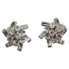 Glamorous Weiss Swarovski Crystal Earrings