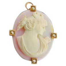 Victorian Carved Angel Skin Coral Cameo Pendent/Brooch