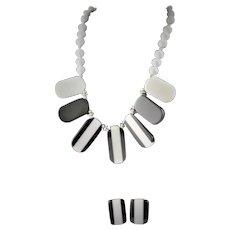1960's Black & White Resin Necklace & Earrings